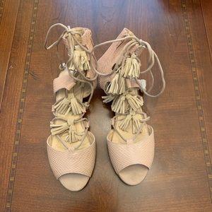 Joyfolie Imogen Sandals in Nude Pink, Youth sz 5